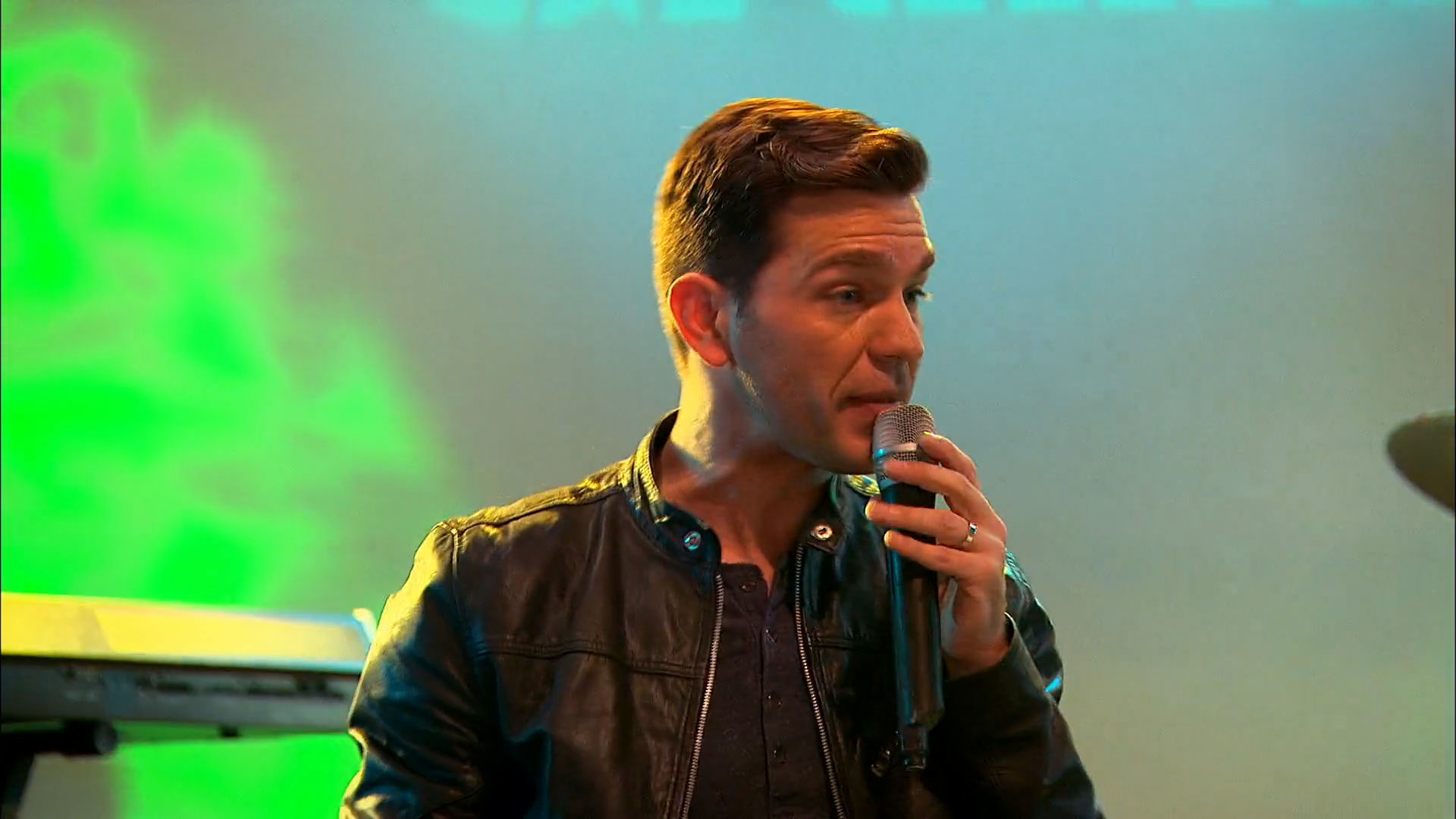"Andy Grammer ""Honey, I'm Good"""
