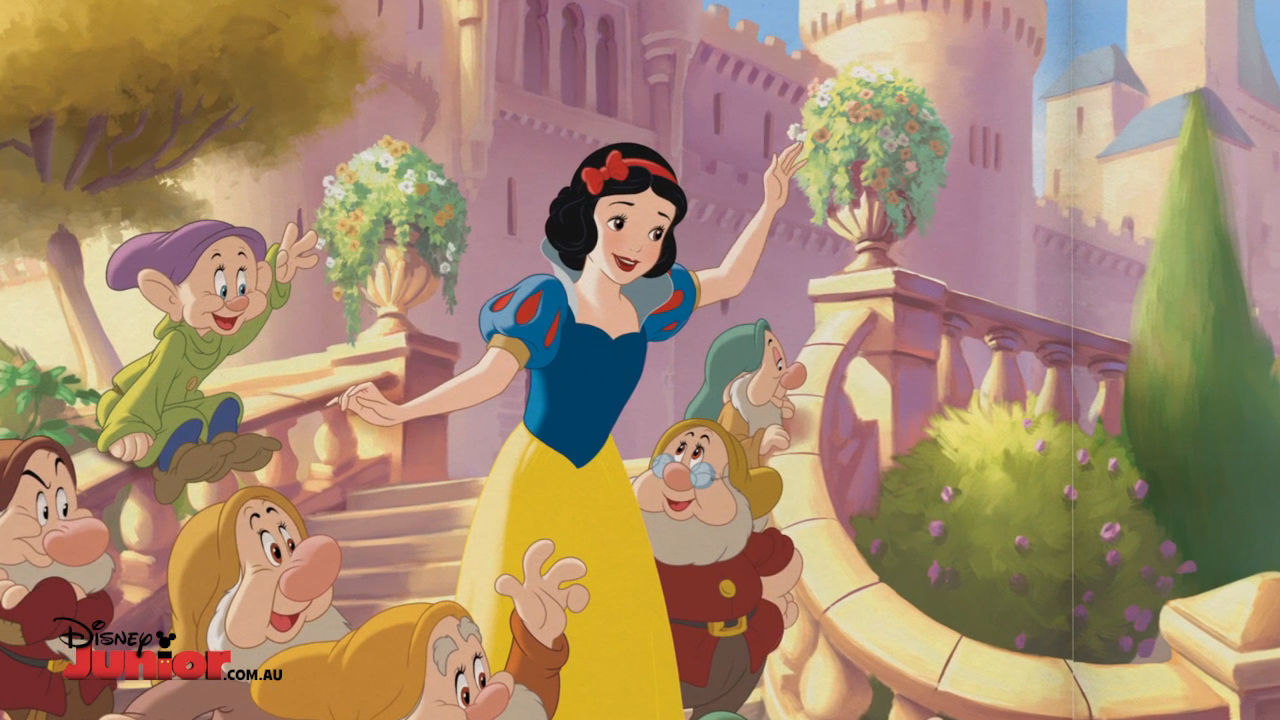 Snow White and the Great Jewel Hunt