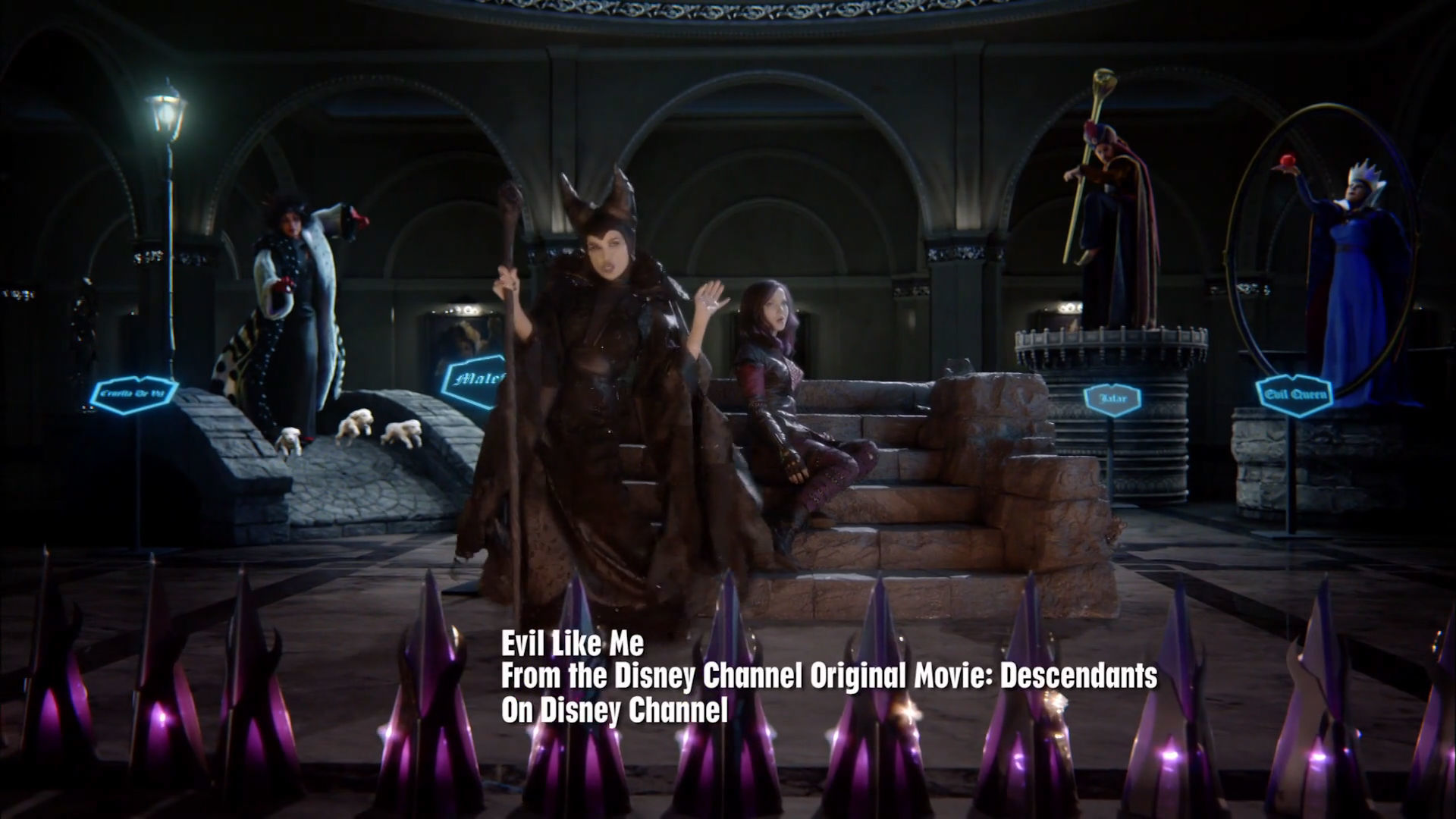Disney Descendants | Evil Like Me