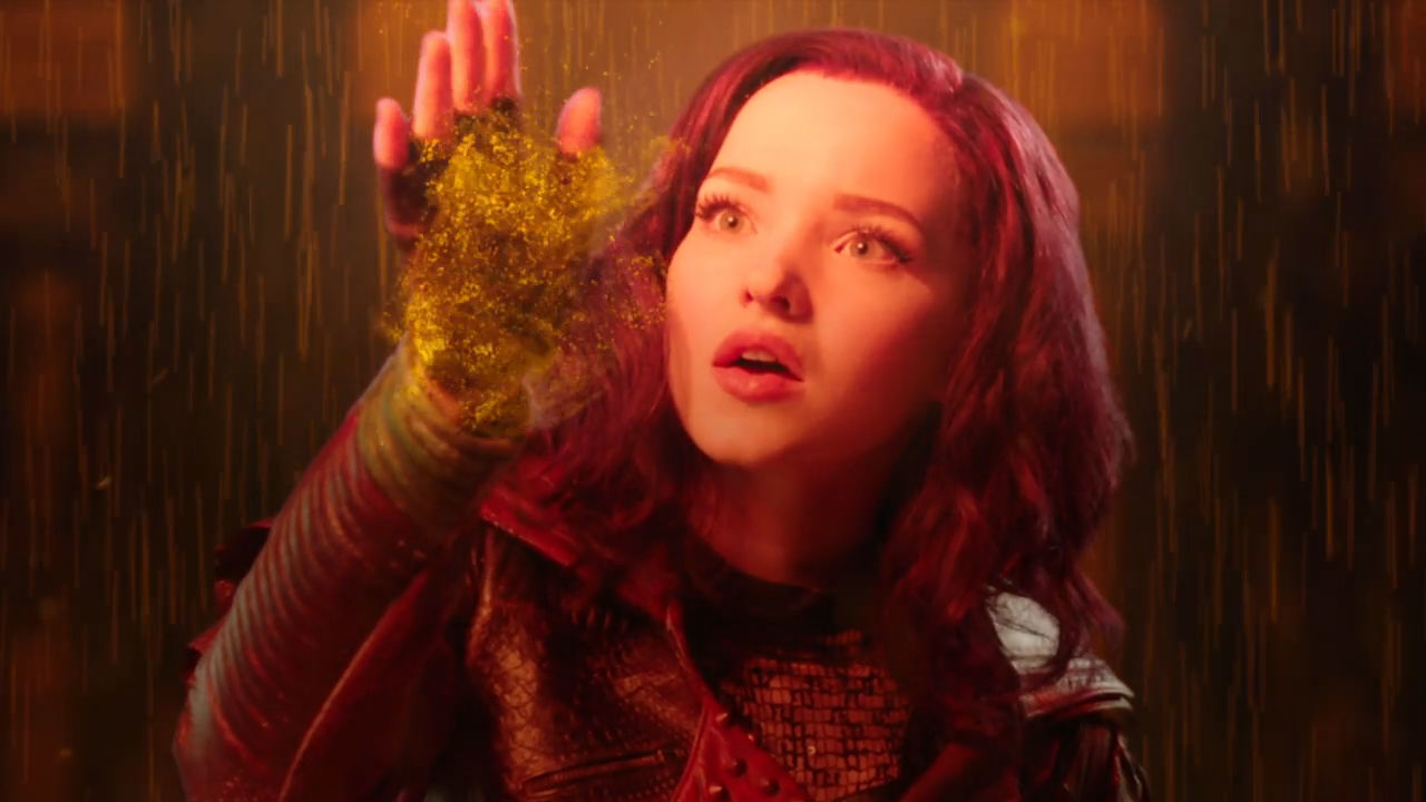 Genie in a Bottle med Dove Cameron