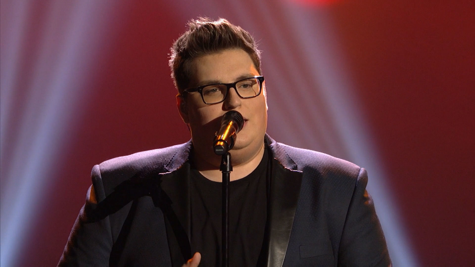 "Jordan Smith ""Stand In The Light"" at the 2016 RDMA 