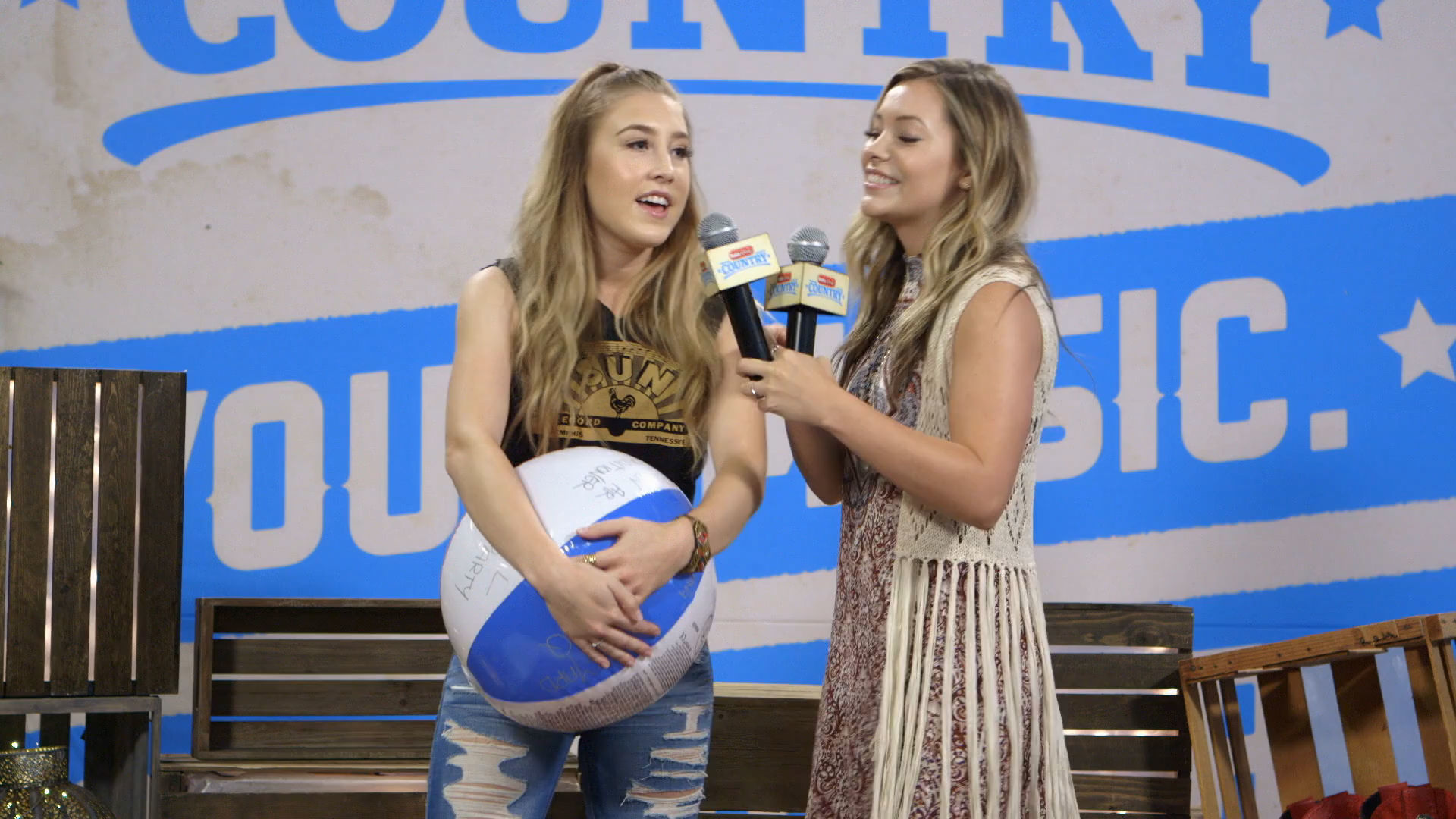 Maddy And Chase With Nate Radio Disney Disney Video