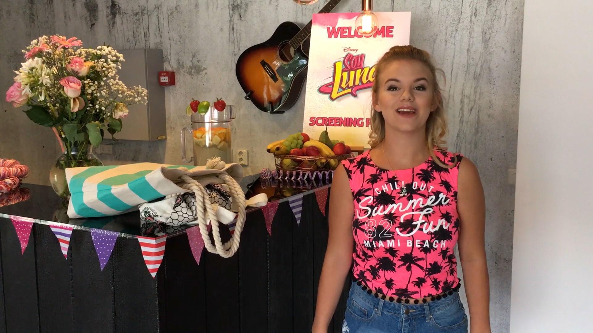 Følg med Julie Bjerre om bag kulisserne på musikvideooptagelse