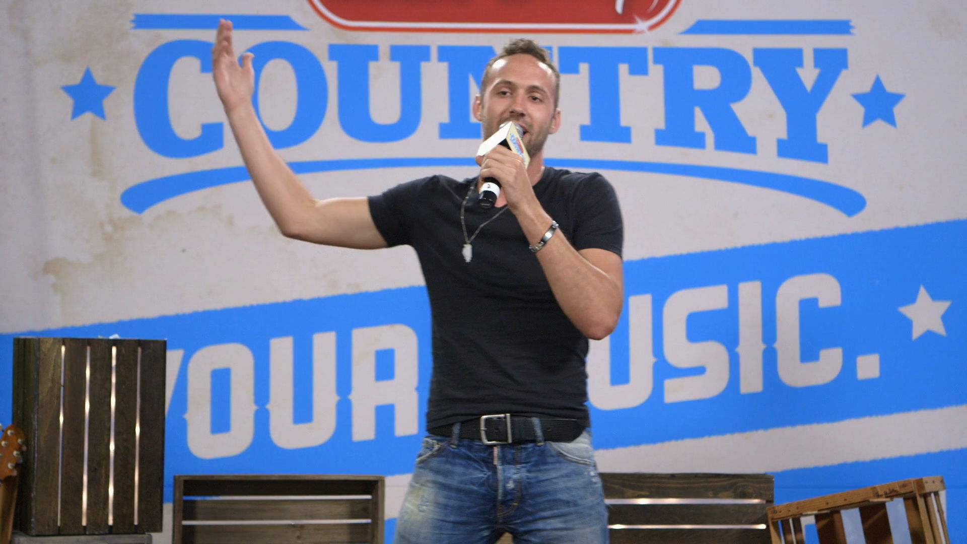 Drew Baldridge - Beach Ball Song Challenge | Radio Disney Country