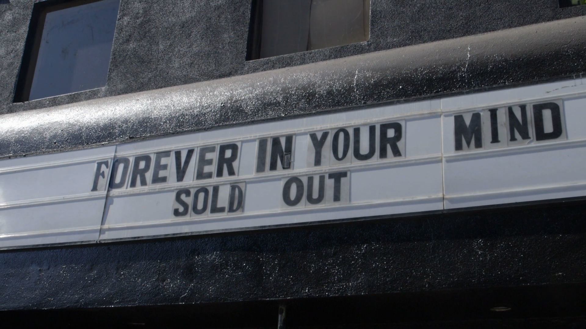 Forever Yours, Los Angeles