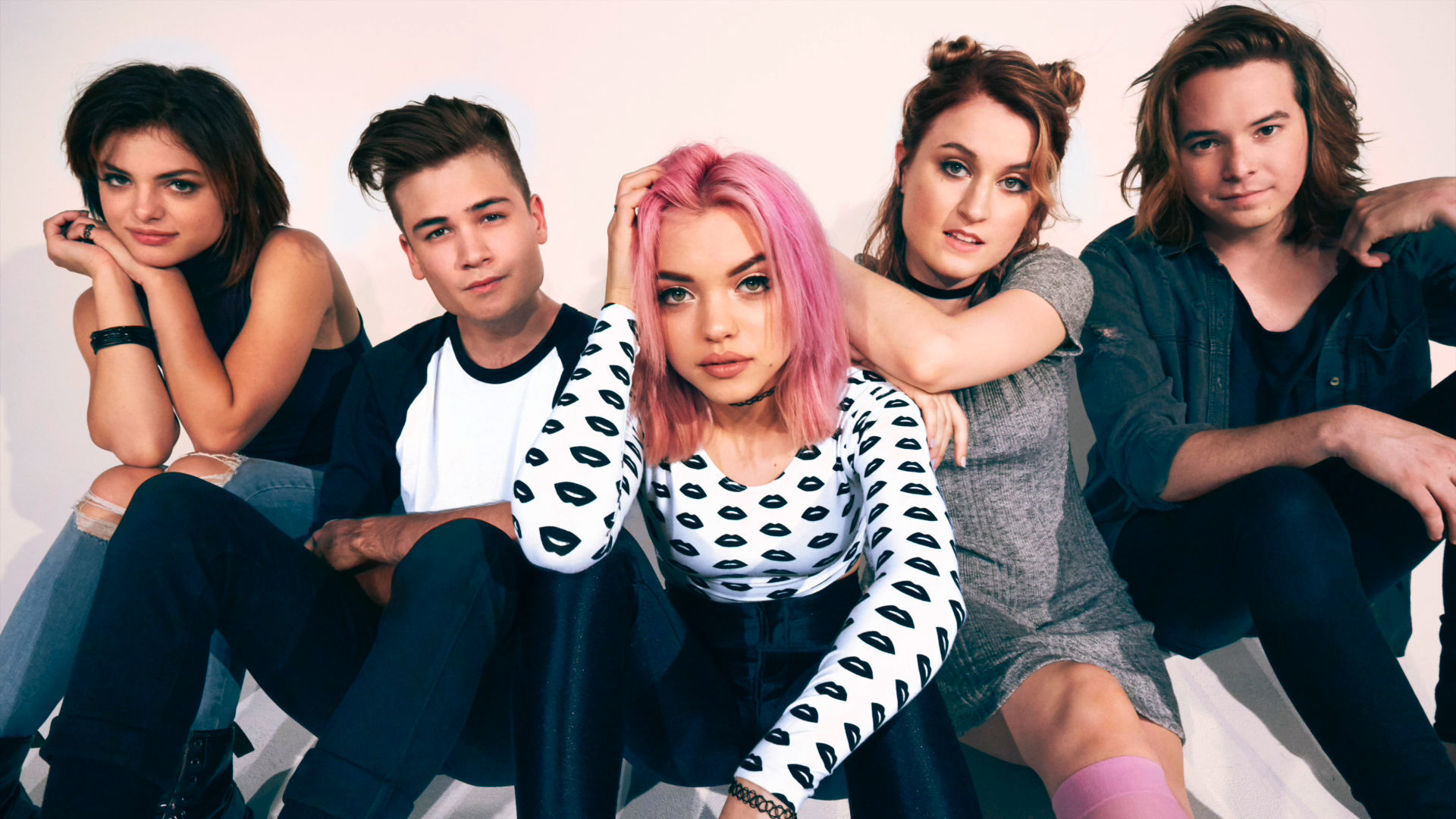 "Hey Violet ""Guys My Age"" - Radio Disney Music Mailbag"