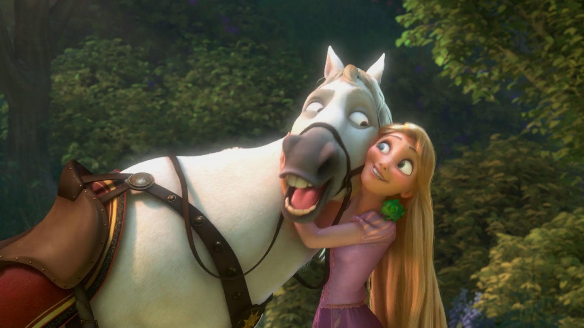 Disney Classic Moments #1: Hugs
