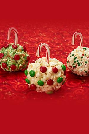 Peck's Popcorn Ornaments