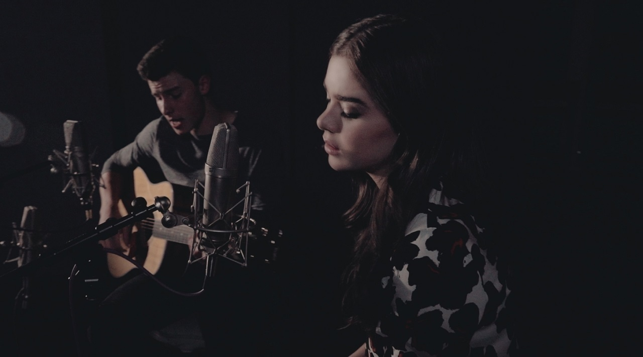 """Stitches"" (Acoustic) - Shawn Mendes and Hailee Steinfeld"