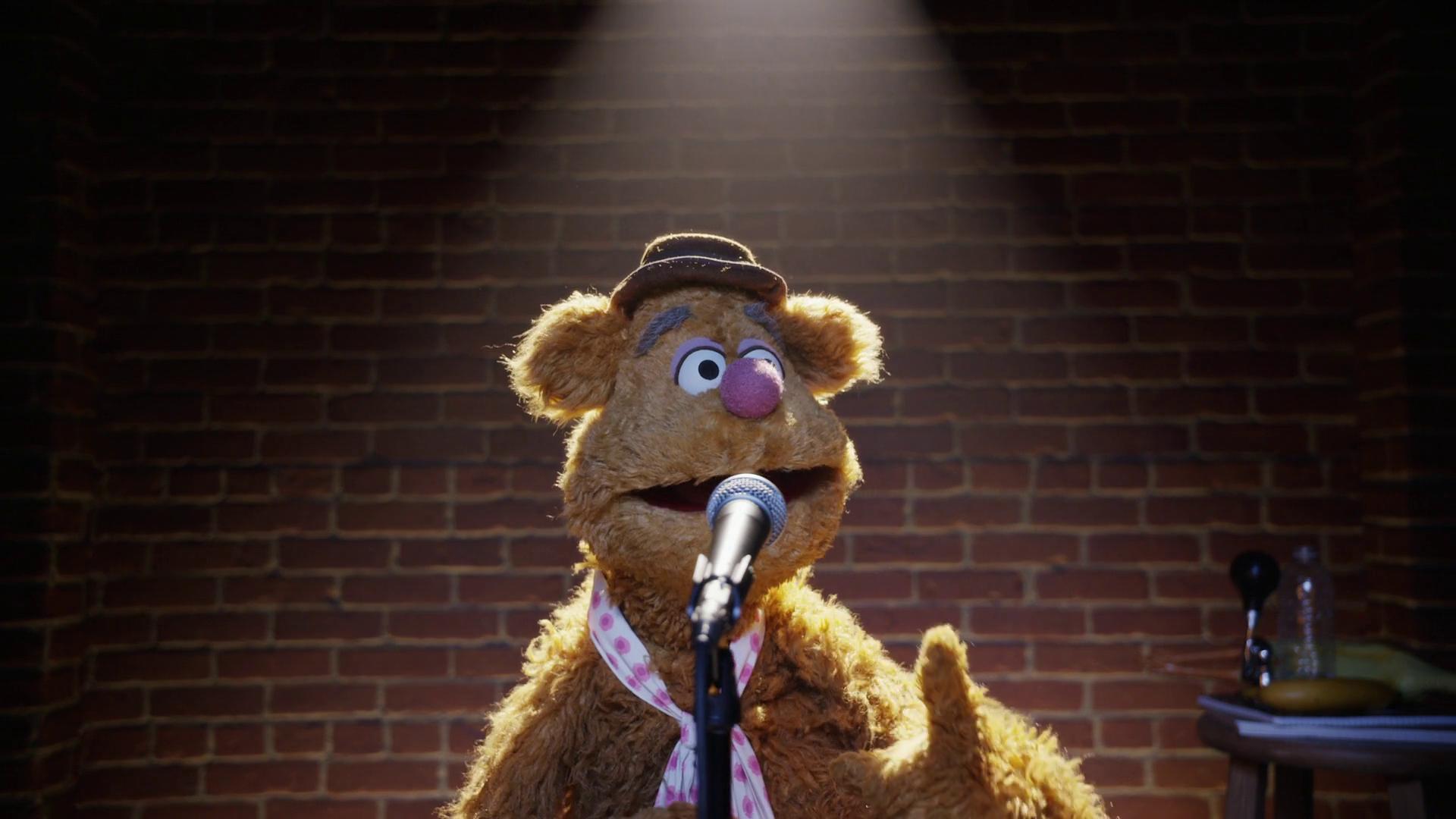 Fozzie's Bear-ly Funny Fridays #18 | Fozzie Bear Jokes | The Muppets