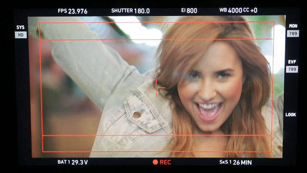 Made in the USA - Behind the Scenes - Demi Lovato