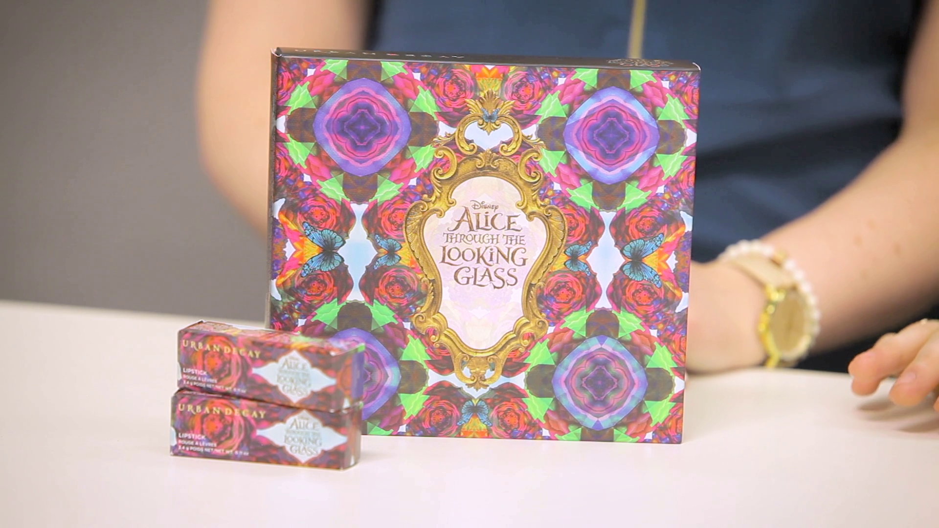 UNBOXED:  Urban Decay: Alice Through The Looking Glass Eye Shadow Palette and Lipstick Collection