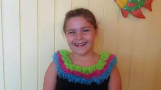 Kallan, 7, LA sings Kiss The Girl