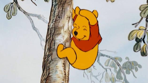 Μικρές Περιπέτειες με τον Γούινι το Αρκουδάκι - Σκαρφάλωσε ένα Δέντρο