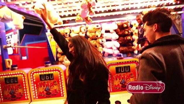 Hands Up Music Video - Brandon & Savannah - Radio Disney