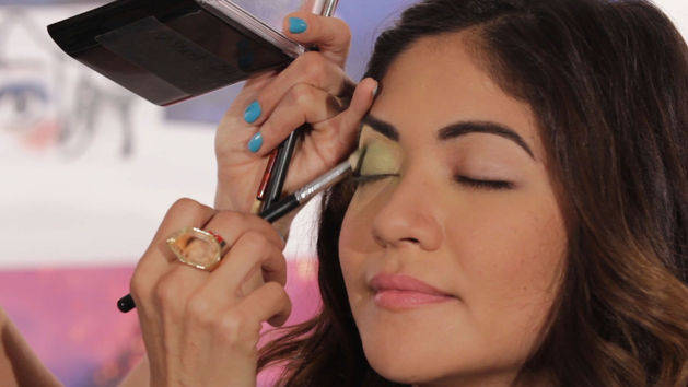 Peter Pan-Inspired Makeup Tutorial | Disney Style