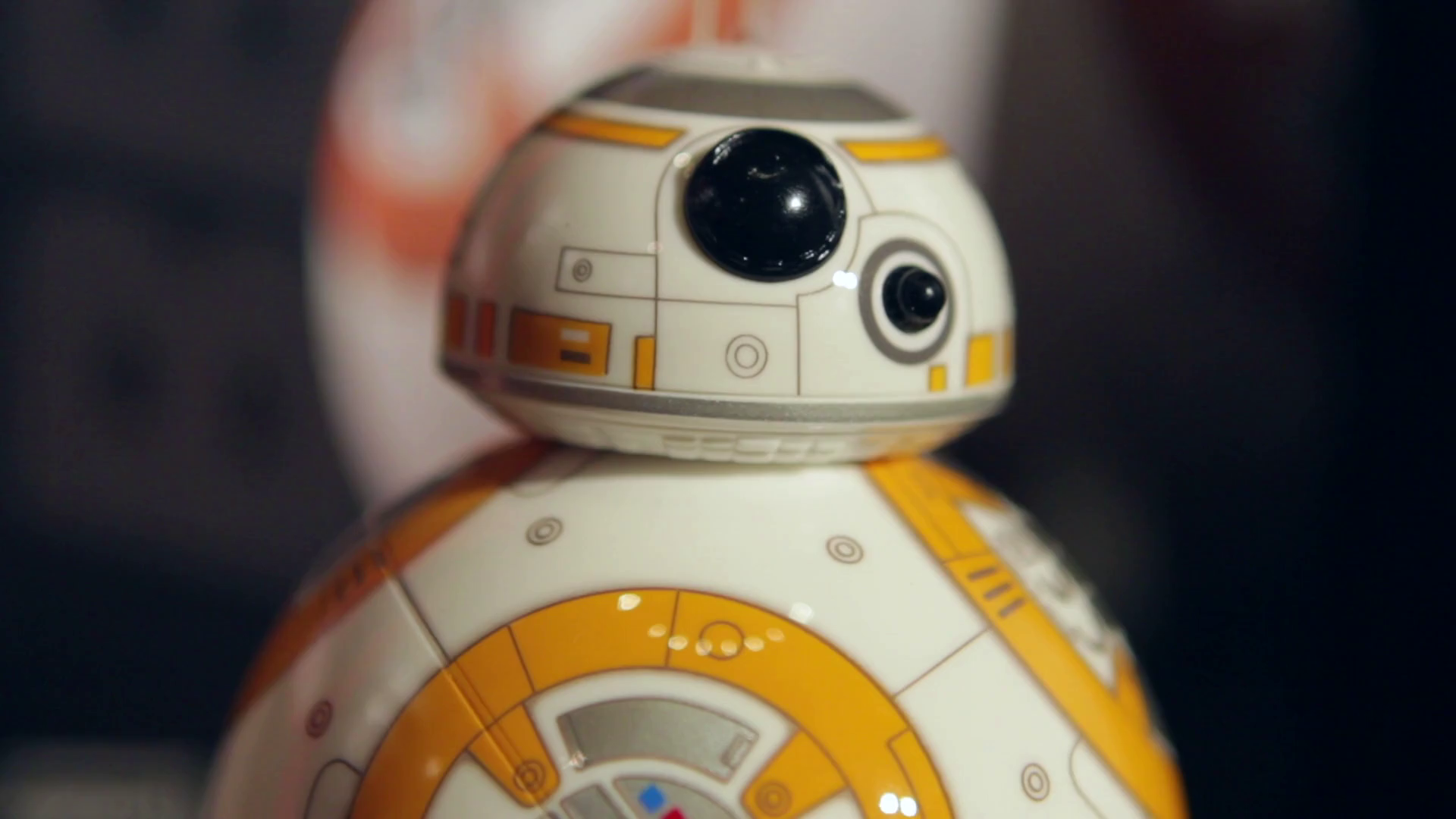 Time Lapse: Unboxing the Disney Store on Force Friday -Disney Insider