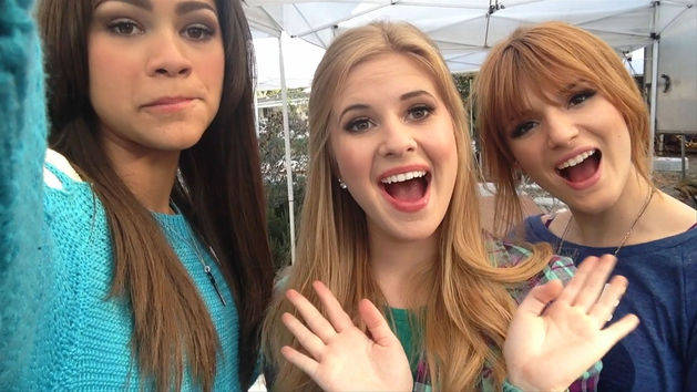 RD Total Access with Bella, Zendaya and Caroline