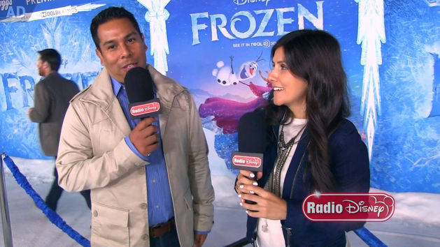 Frozen White Carpet - Radio Disney