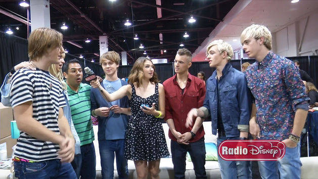 R5 on Pass Me By - Radio Disney
