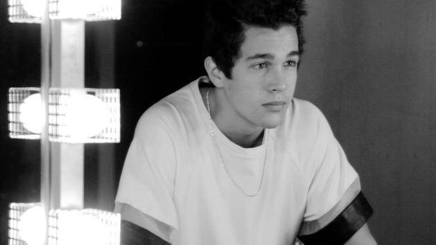 """Secret"" (Live Performance) - Austin Mahone"