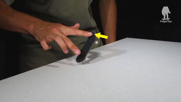 FingerTips Tutorial 5: Varial Kickflip
