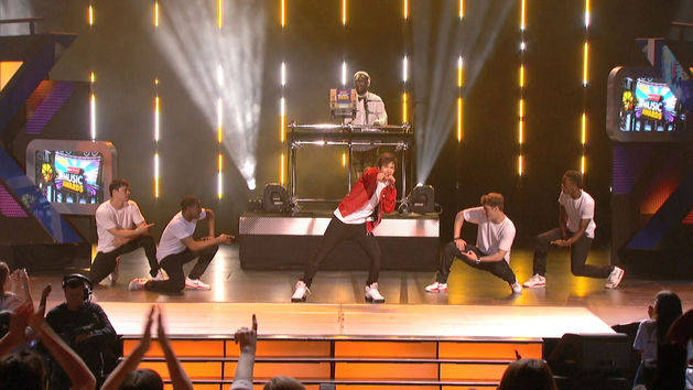 """Say Somethin'"" - Austin Mahone at the RDMAs"