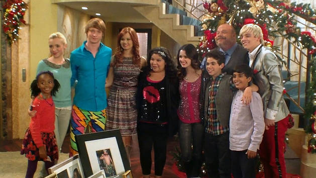 Behind the Scenes: Austin & JESSIE & Ally All Star New Year