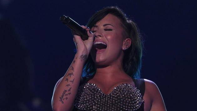 """Let It Go"" (Vevo Certified SuperFanFest) - Demi Lovato"