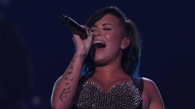 """Let It Go"" (Vevo Certified SuperFanFest) - Demi Lovato"