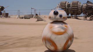 Social Scanner: Hangin' with BB-8 and More!