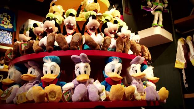 Christmas Comes Alive at Disney Store