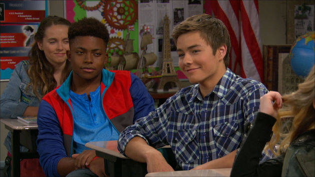Clip: Girl Meets Flaws