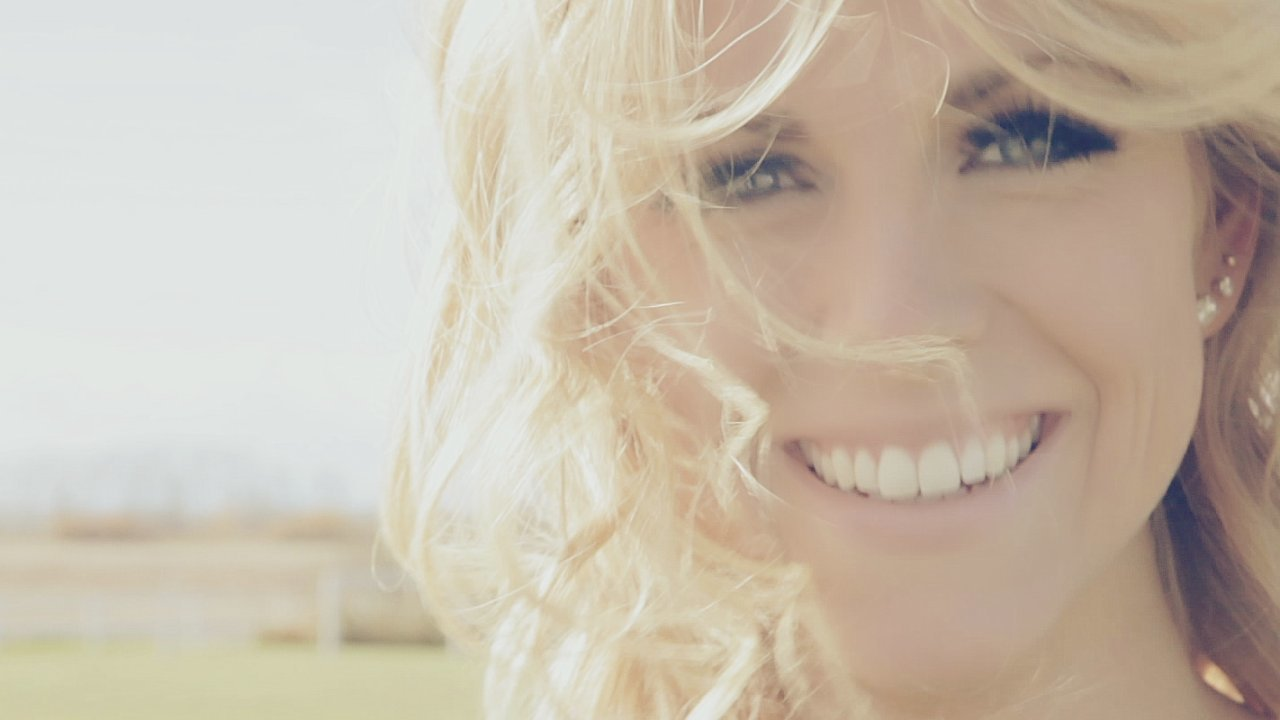 """""""By The Way"""" - Lindsay Ell"""