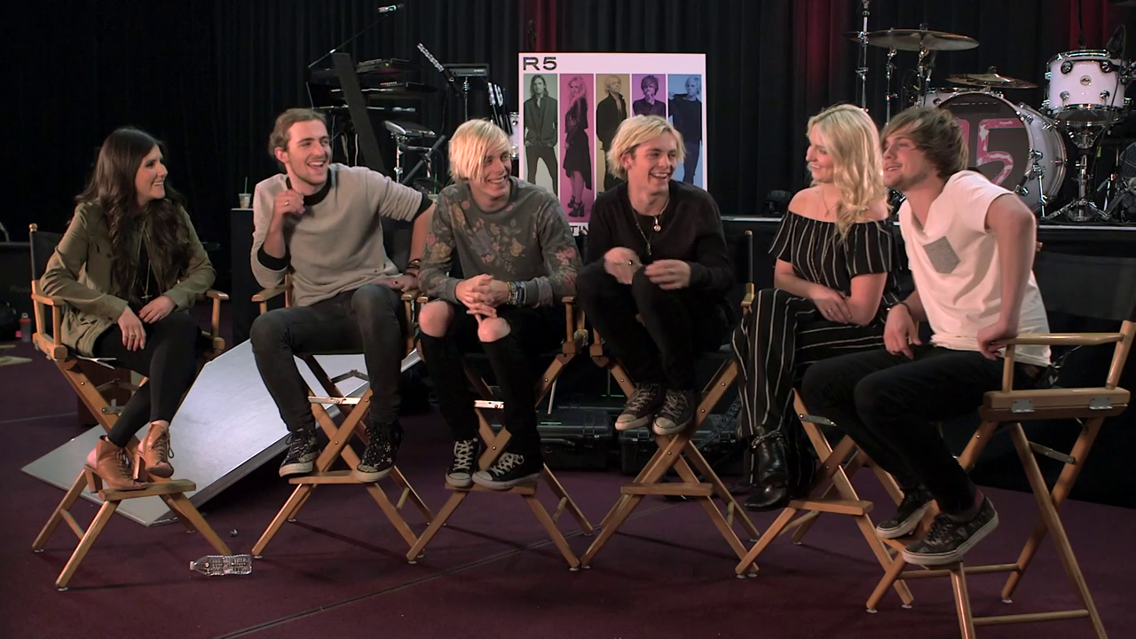 15 Second Challenge with R5 - Radio Disney Sizzlin' Summer