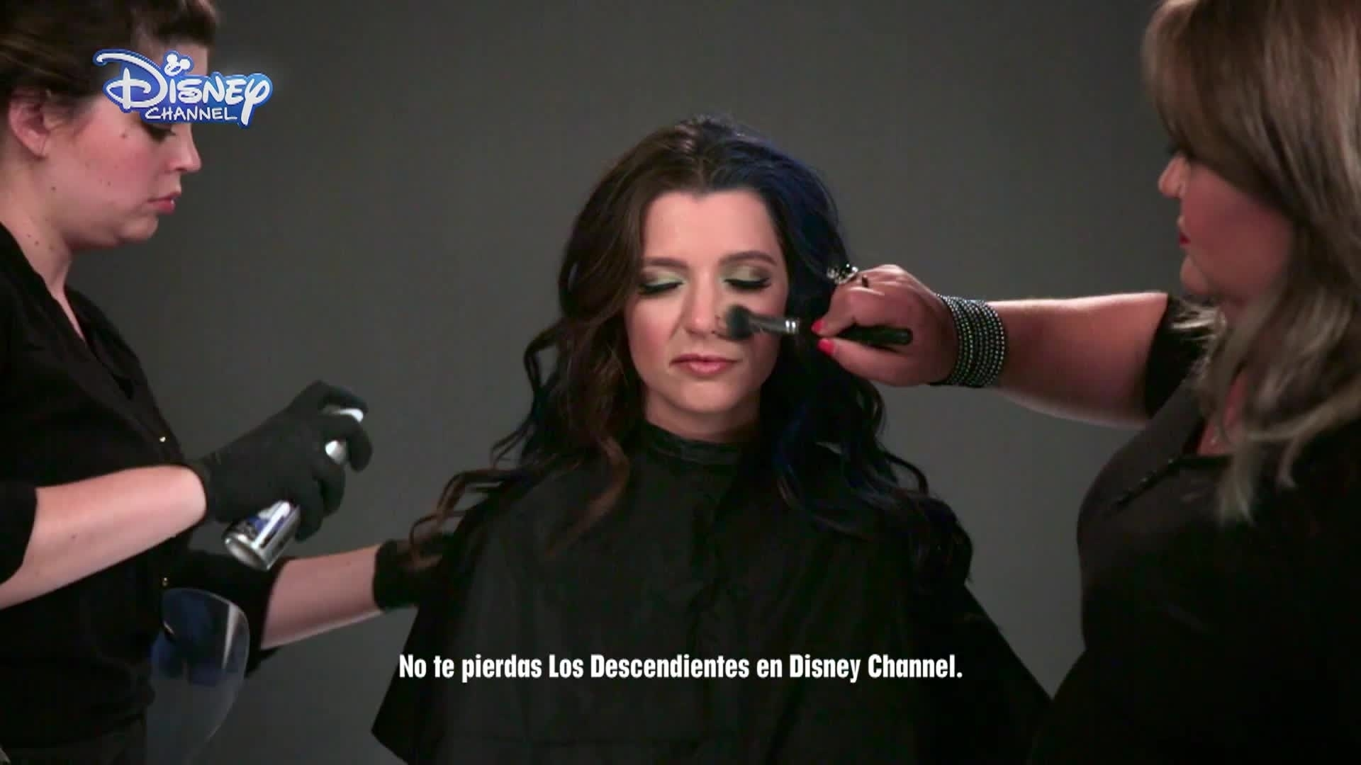 Los Descendientes - Halloween Make-Up Tutorial: EVIE