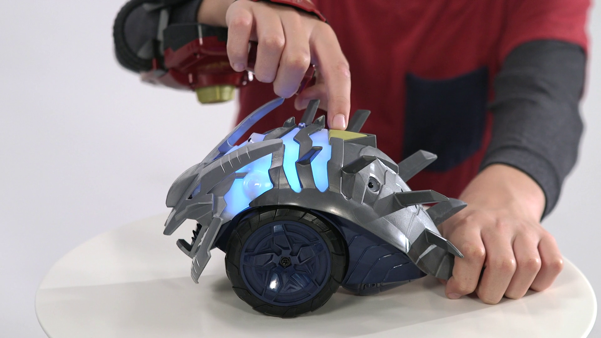 The Prowler Bot - Playmation Instructional Video