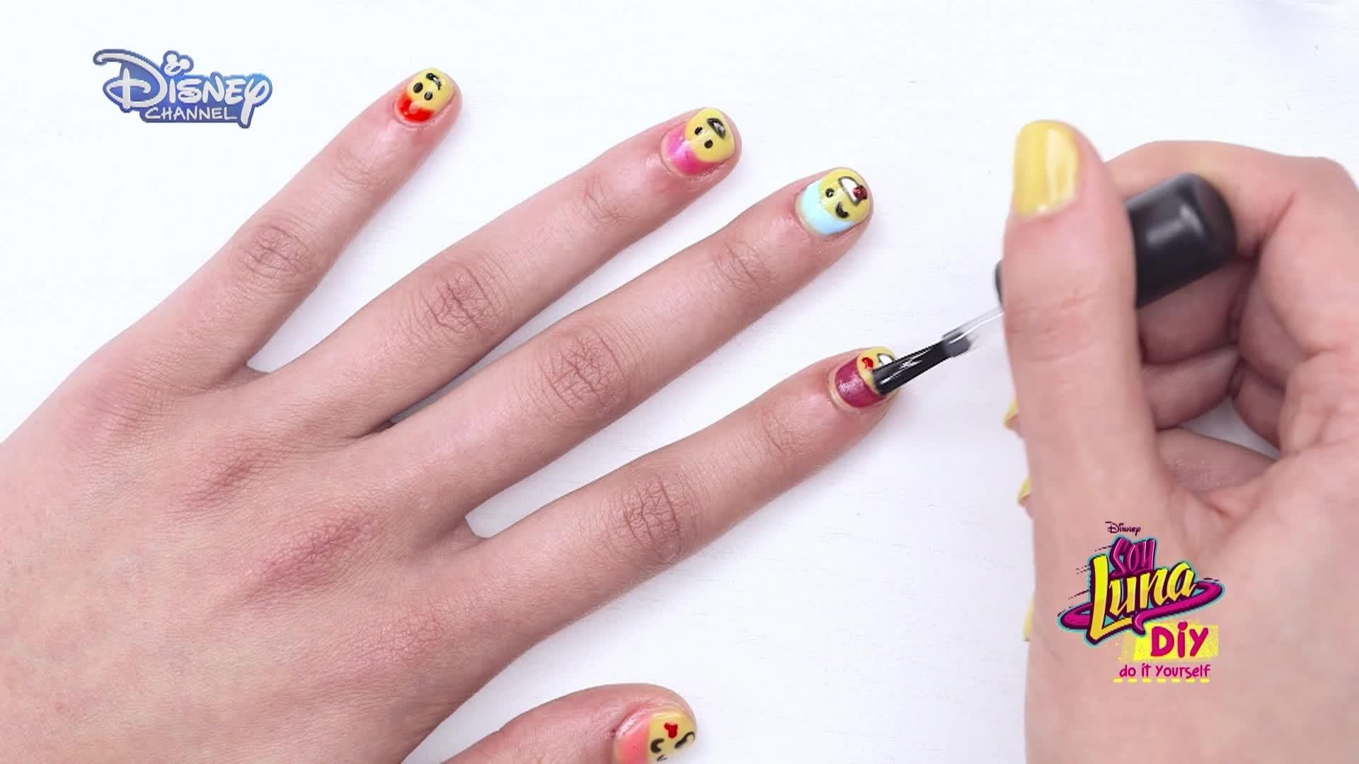 Soy Luna  DIY - Nail Art - Unhas com Emoticones