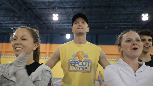 Behind the Scenes with Neil Patrick Harris - Christmas Day Parade