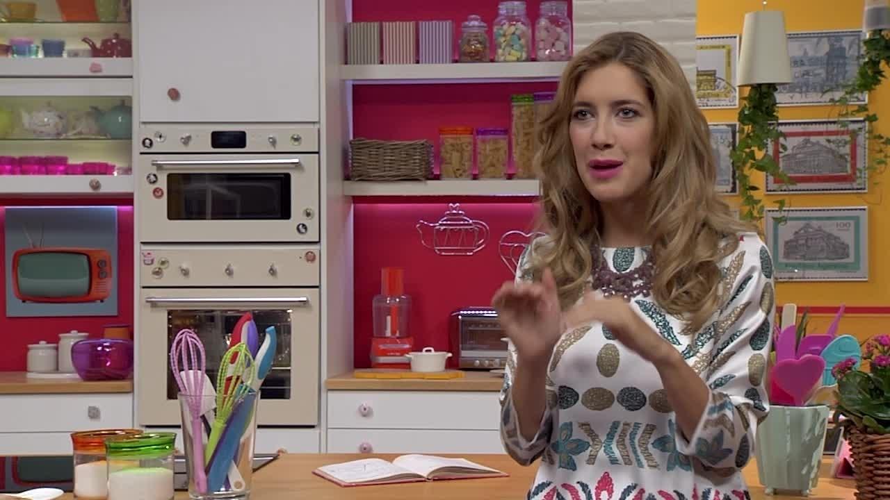 Angie e le ricette di Violetta - intervista lunga