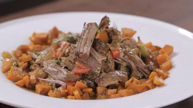 Slow Cooker Beef Stew (Carne Guisada)