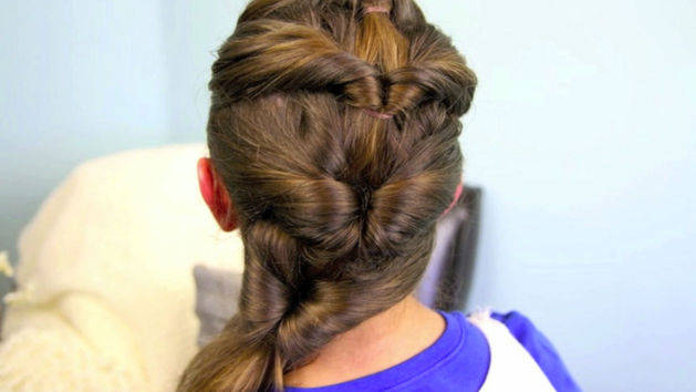 Quadruple-Flip Ponytail