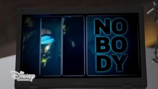 """"""" I am Nobody"""" ed il suo mistero ha catturando le attenzioni di molti ad Alex & CO!"""