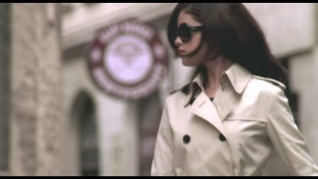 Selena Gomez & The Scene - canzone - Round & Round