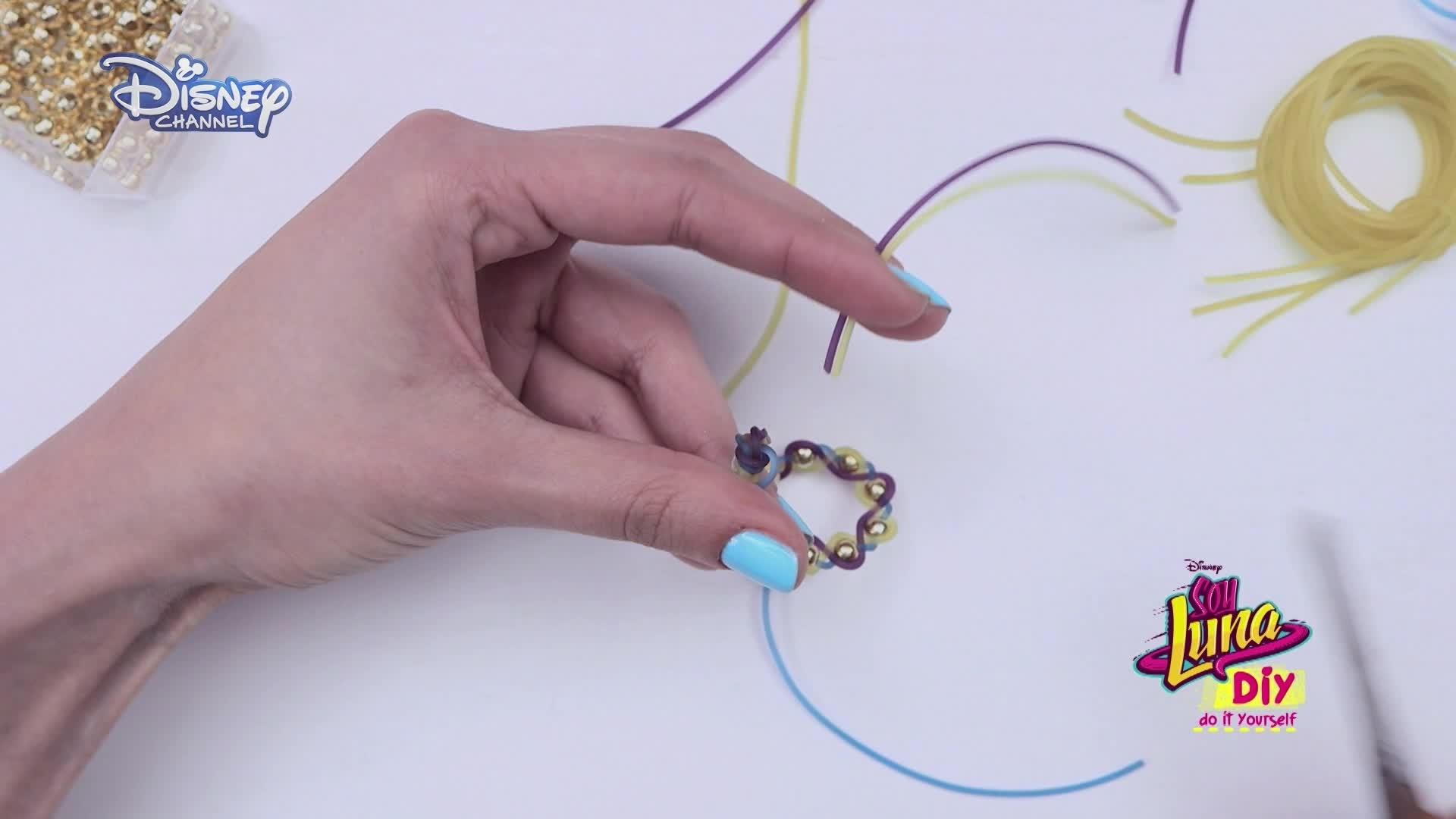 Soy Luna DIY: Fashion & Beauty - Pulseras