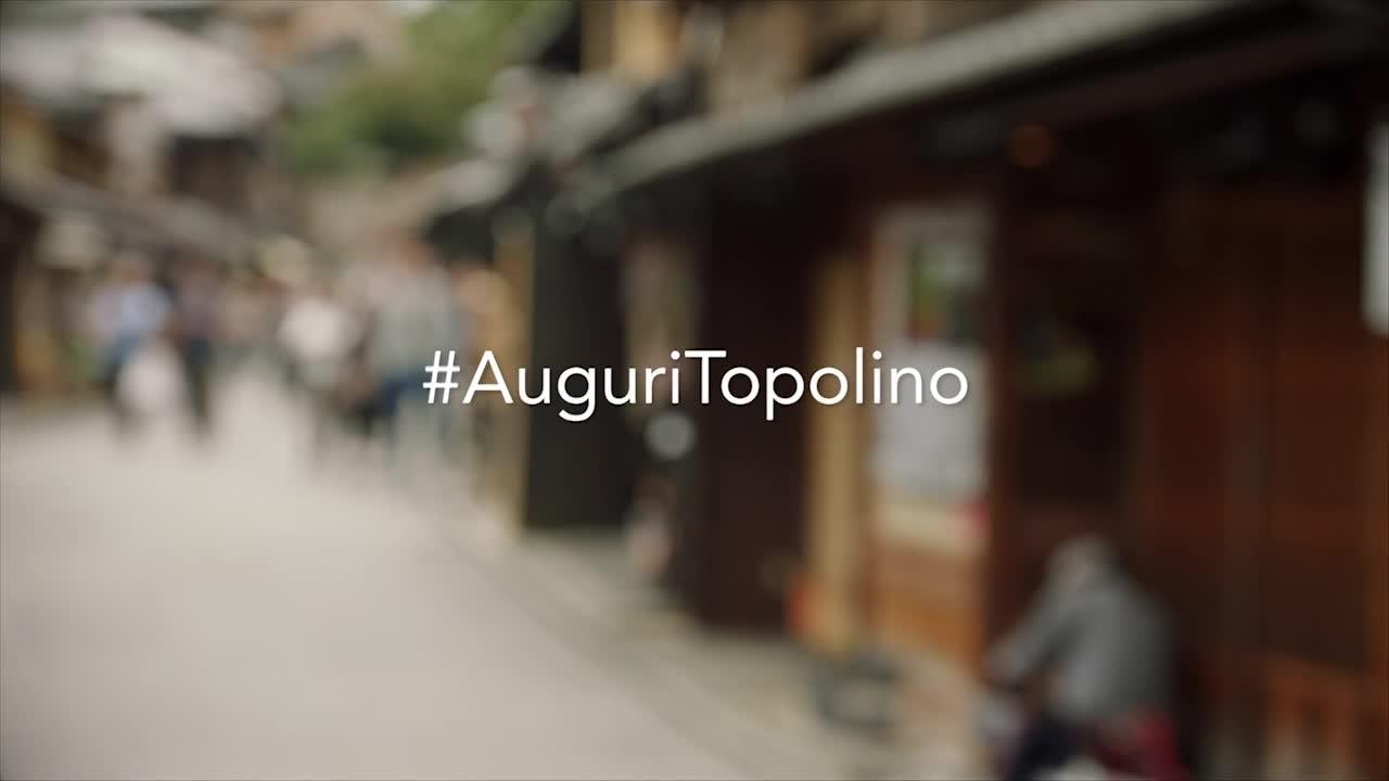Buon compleanno Topolino, da tutto il mondo!