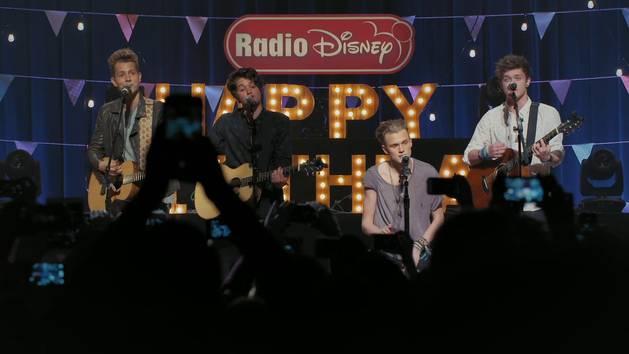 """Somebody To You"" - The Vamps - Live at Radio Disney's Family Birthday"