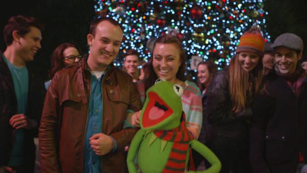 """Kermit Sings """"It Feels Like Christmas"""" at Disneyland   The Muppets"""