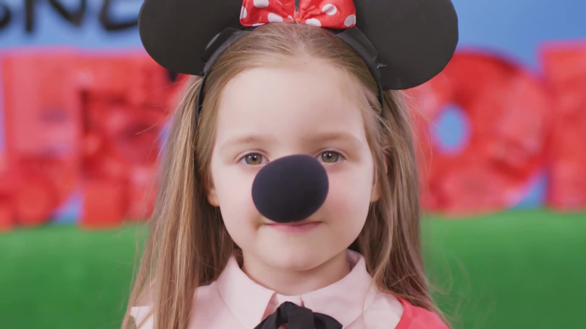 Disney Junior Dress Up Party - Minnie