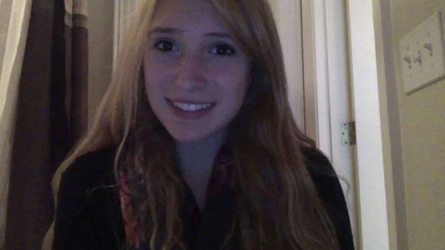 Anna, 14, NC sings Kiss The Girl